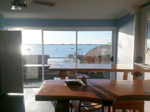 Tauranga hostel @ breakfast room